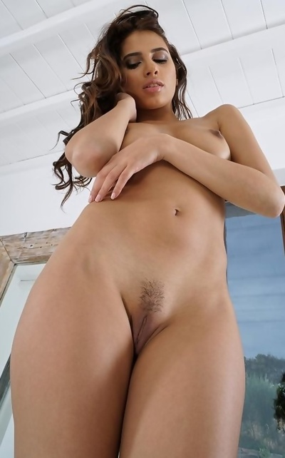 Baby Nicols from Venezuela nude and plays with dildo